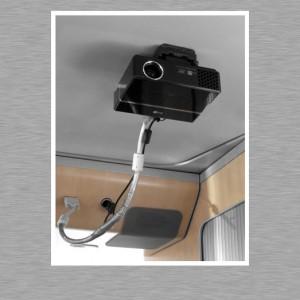 Mac mini Car PC - Video Beamer in Quickout Halterung