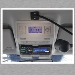 Mac mini Car PC - Alpine Audioprozessor - ausgeklappt - Steuerung des digitalen 5:1 Sounds