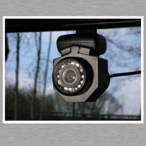 Mac mini Car PC - Webcam mit Quickout Halterung am Rückspiegel - skypen mobil