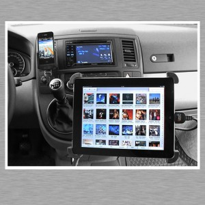 iPhone, iPad und Pioneer AVH 3300 BT in einem VW California